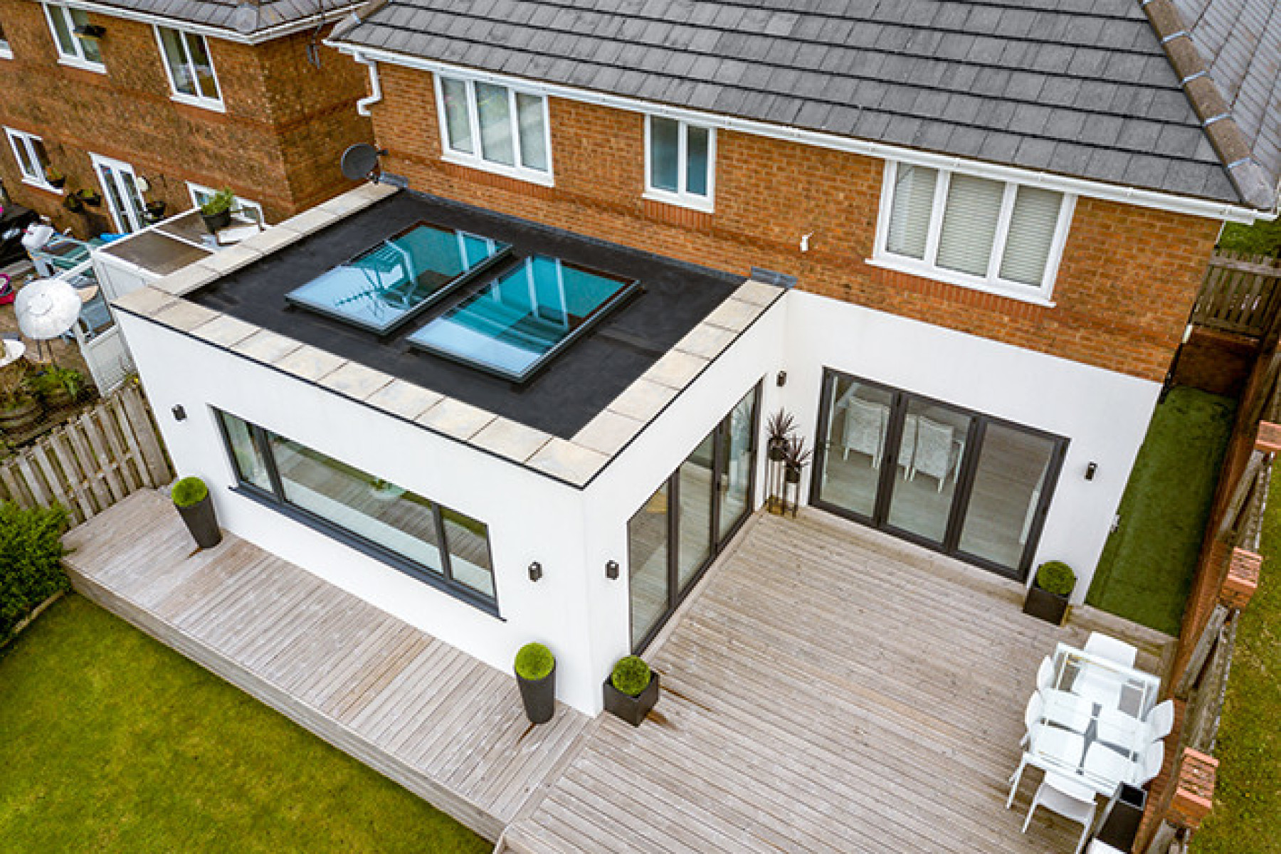 Some Reasons To Consider Installing a Flat Roof On Your Property.