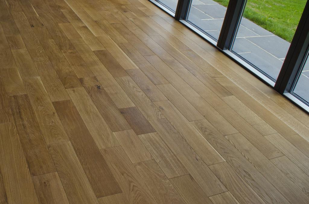 Vinyl Wooden Flooring: Viable Solutions